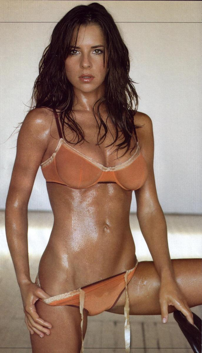 Kelly Monaco Sexy and Wet 2